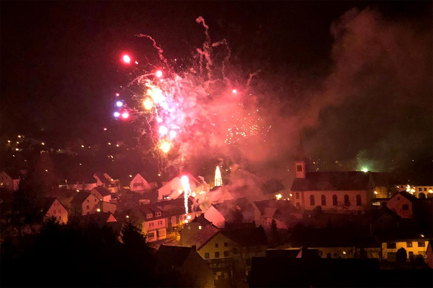 Feuerwerk über Stadtkyll